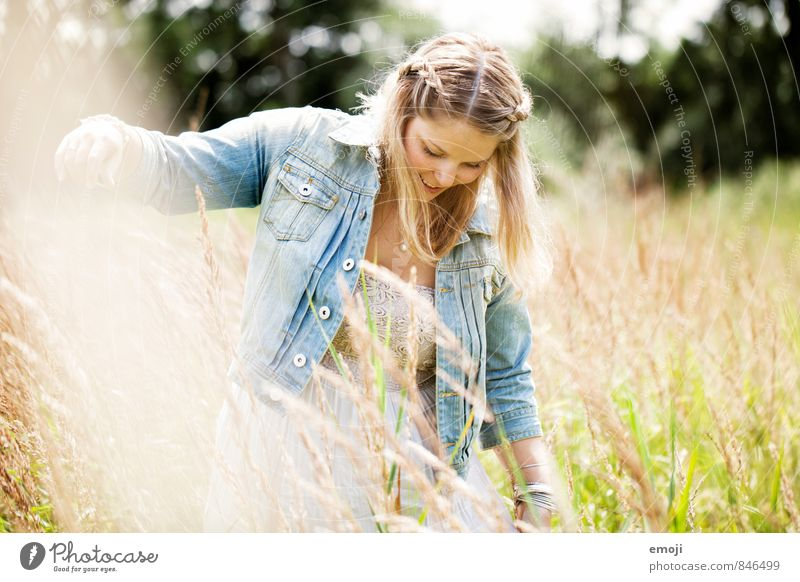 happy Feminine Young woman Youth (Young adults) 1 Human being 18 - 30 years Adults Environment Nature Landscape Plant Beautiful Natural Colour photo