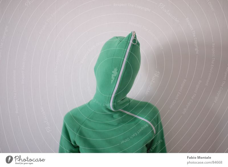 close / open (3/7) Fingernail Series of photos Close Undo Zipper green jacket Drainage