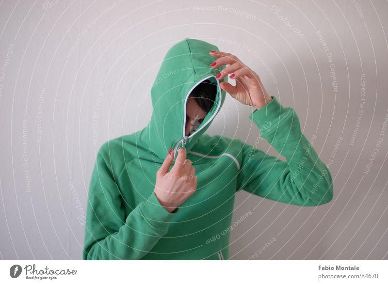 close / open (5/7) Fingernail Series of photos Close Undo Zipper green jacket Drainage