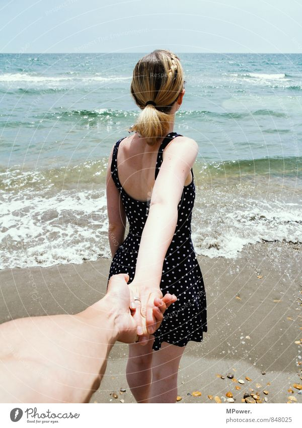 Human being Vacation & Travel Youth (Young adults) Beautiful Ocean Young woman 18 - 30 years Young man Cold Adults Feminine Love Going Horizon Couple Friendship