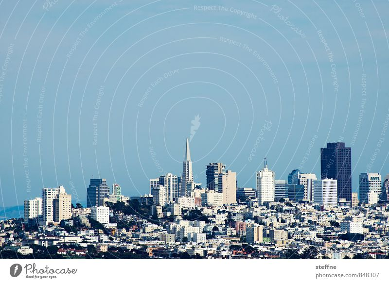 Downtown San Francisco Cloudless sky Beautiful weather Hill USA Town Skyline Populated High-rise Exterior shot Copy Space top Panorama (View)