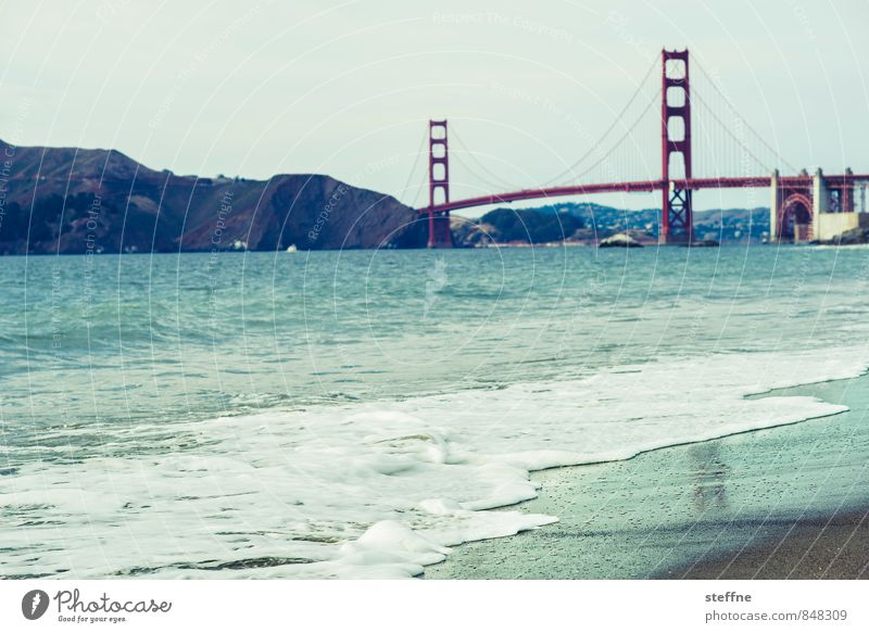 What's Golden Landscape Beautiful weather Waves Coast Beach Ocean Pacific Ocean San Francisco USA Tourist Attraction Landmark Golden Gate Bridge Esthetic