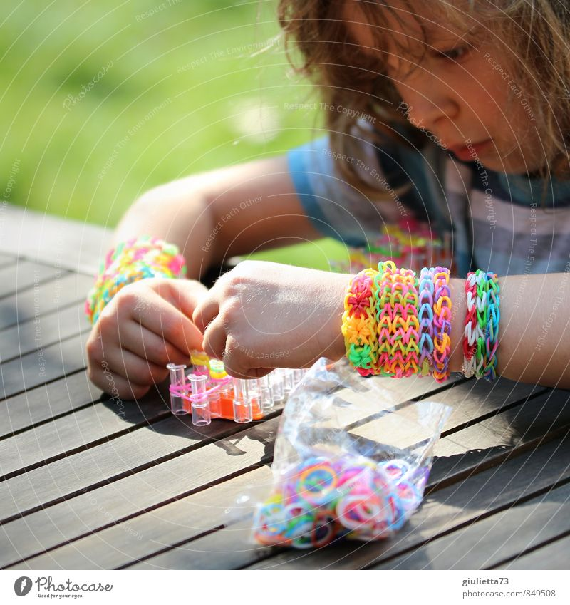 Human being Child Green Hand Yellow Playing Pink Infancy Arm Creativity Idea Violet Concentrate Hip & trendy Turquoise Jewellery