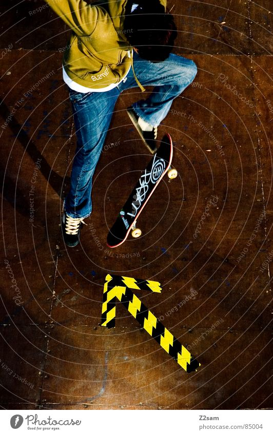 Green Yellow Colour Sports Jump Style Movement Wood Action Jeans Arrow Skateboarding Dynamics Athletic Easygoing Coil