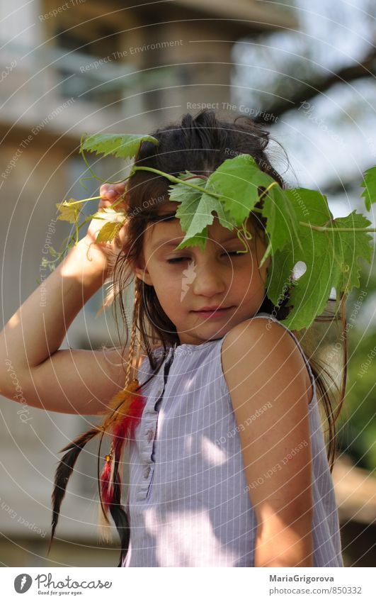 Little girl playng indian Human being Child Vacation & Travel Plant Summer Sun Girl Face Eyes Life Playing Hair and hairstyles Freedom Feasts & Celebrations