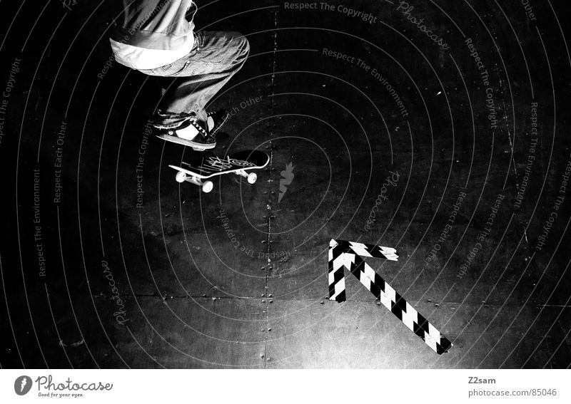 arrow - shove it Halfpipe Striped Pattern Wood Jump Action Sports Skateboarding Style Easygoing Trick Glittering Funsport glued Ollie Athletic Movement motion
