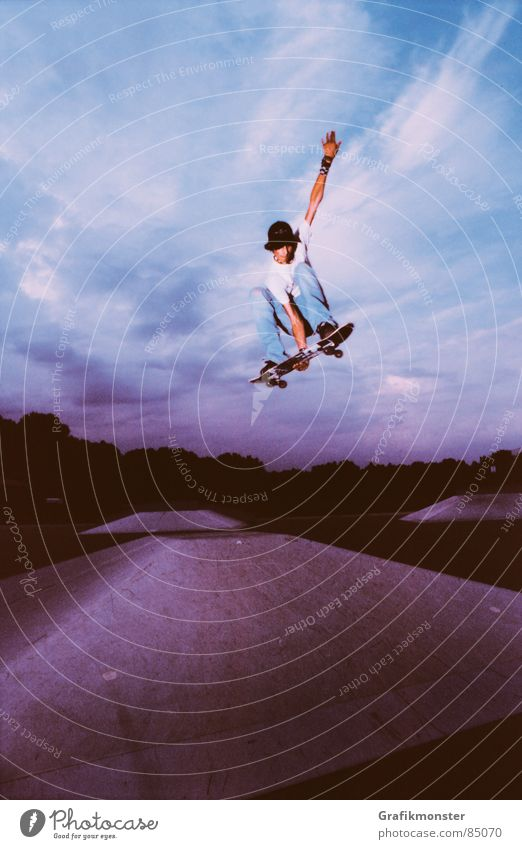 Sky Jump Violet Skateboarding Pyramid Celestial bodies and the universe Purple Canopy (sky) Firmament Extreme sports