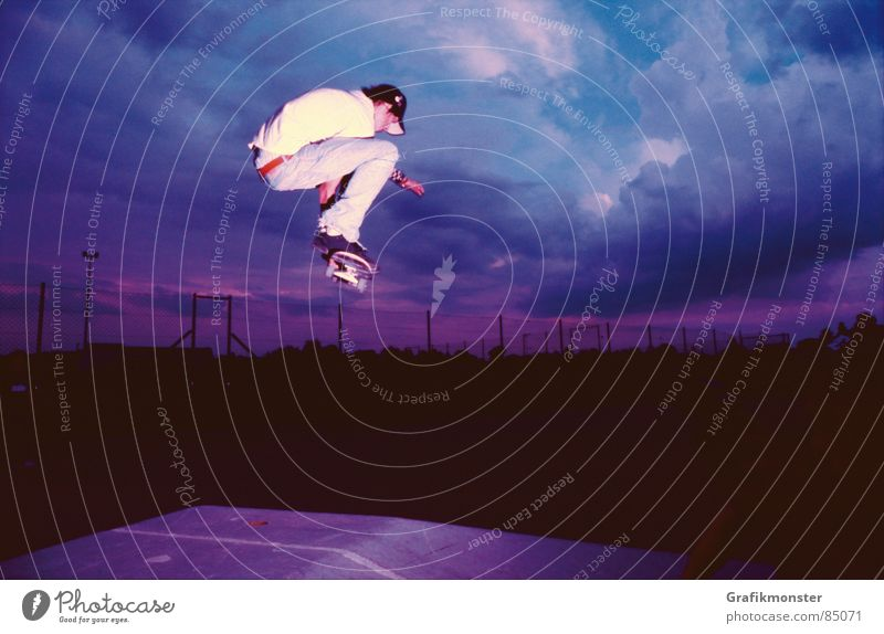 Sky Jump Violet Skateboarding Pyramid Celestial bodies and the universe Purple Canopy (sky) Firmament Extreme sports Blue-red