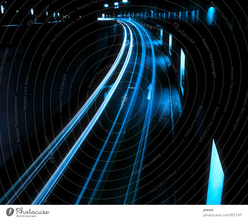 Street Window Car Road traffic Transport Highway Traffic infrastructure Curve Window pane Pavement Floodlight Bend Long exposure Tracer path Rear light Freeway
