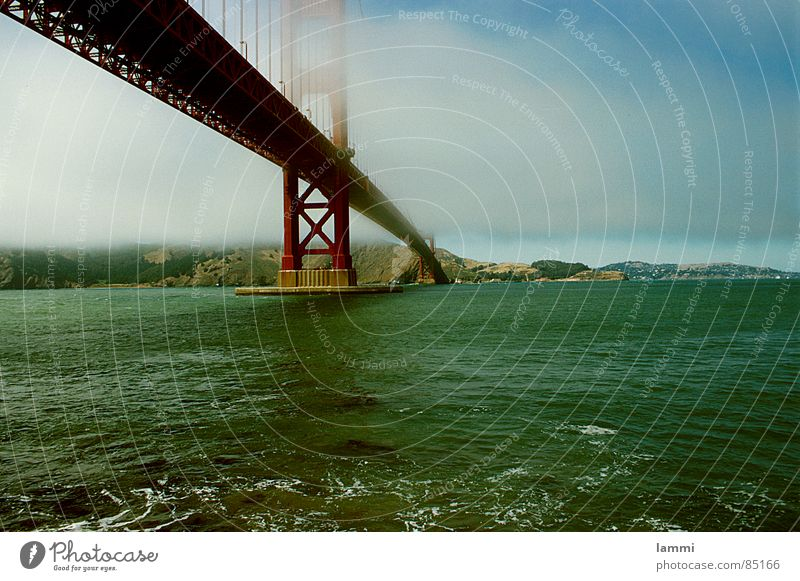 Water Vacation & Travel Red Ocean Death Life Horizon Fog Tall Transport Bridge Connect California San Francisco Golden Gate Bridge Bridge pier