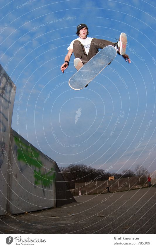 Kickflip 01 Skateboarding Jump Extreme sports skaterboy
