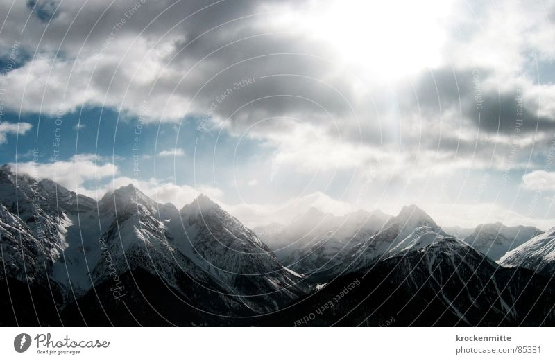 Sky Winter Clouds Snow Mountain Level Switzerland Mountain range Alpine Comb Snow layer Engadine