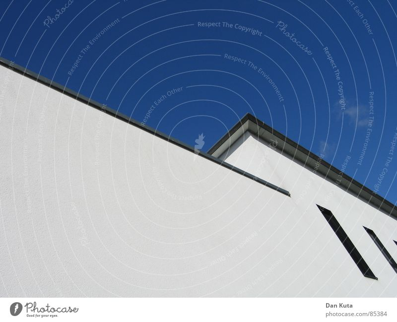 Sky Wall (building) Window Gray Line Weather Perspective Modern Corner Roof Cut Gorgeous Weekend Partition Friday