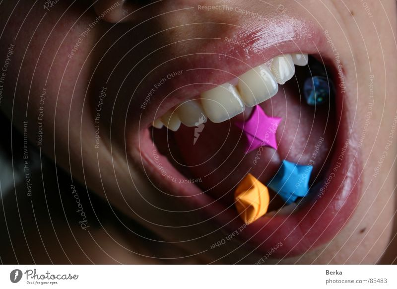 euphoria Lips Grinning Joy Scream Origami Tongue pills Mouth laugh shout yelling Teeth
