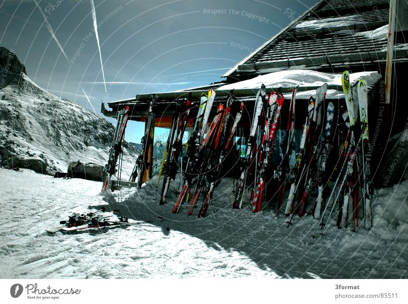 Sun Winter Vacation & Travel House (Residential Structure) Sports Snow Mountain Wood Action Skiing Break Leisure and hobbies Italy Hut Austria