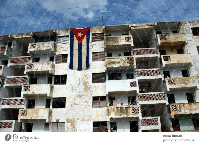 cuban pride Cuba Havana High-rise House (Residential Structure) Building Flag Sky Town Room Green Third World Derelict Transience castro che guevara rooms Blue