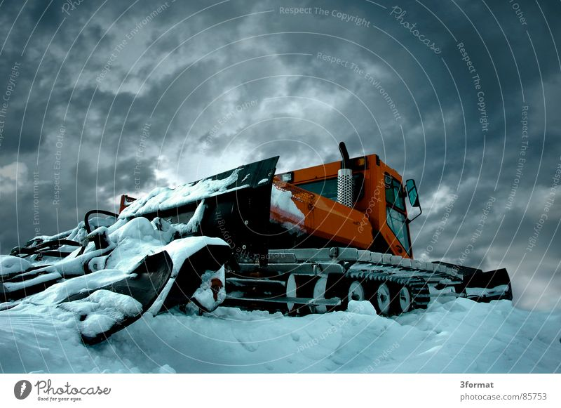 Calm Winter Cold Mountain Snow Ice Power Force Construction site Might Vehicle Motionless Surrealism Chain Ski resort