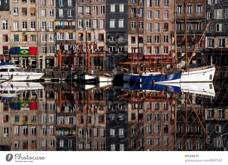 Vacation & Travel House (Residential Structure) Window Exceptional Brown Facade Tourism Trip Harbour Navigation France Bizarre Surrealism Old town Symmetry Sailboat