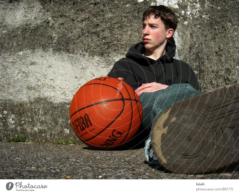 I'll be looking for something else. Spalding Grief Go under Think Dark Ball sports Basketball