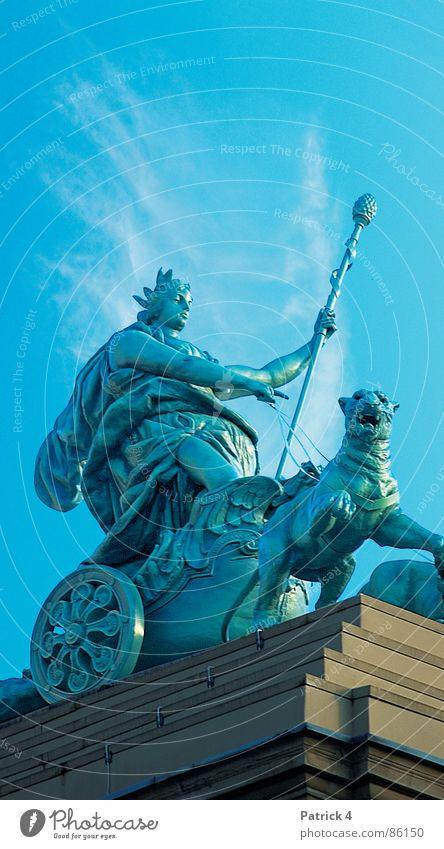 Theatre Wiesbaden Roof Sculpture Gesture Animal Playing Draft animal Rod