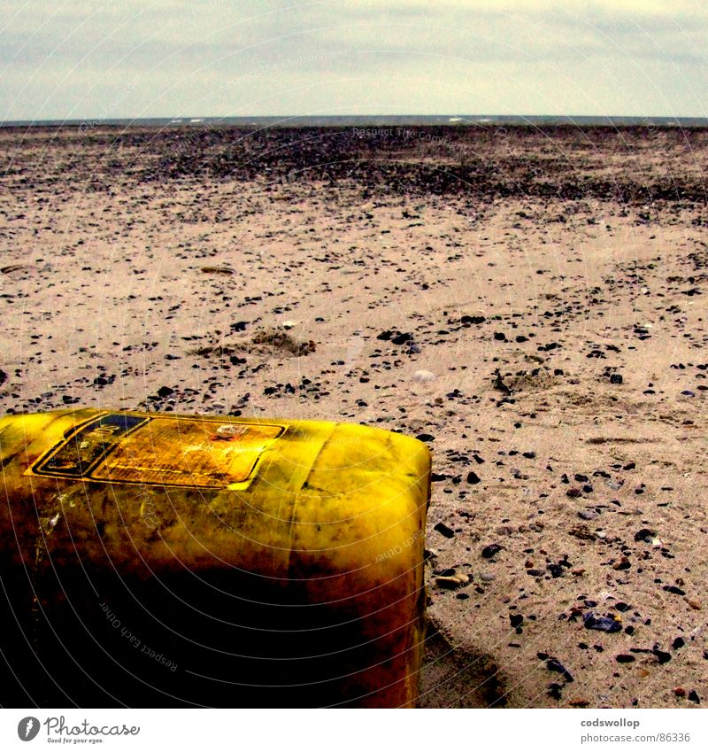 etched beach Beach Environment Sand Horizon Climate change Coast Yellow Apocalyptic sentiment Moral Environmental pollution Transience Shackled Artificial