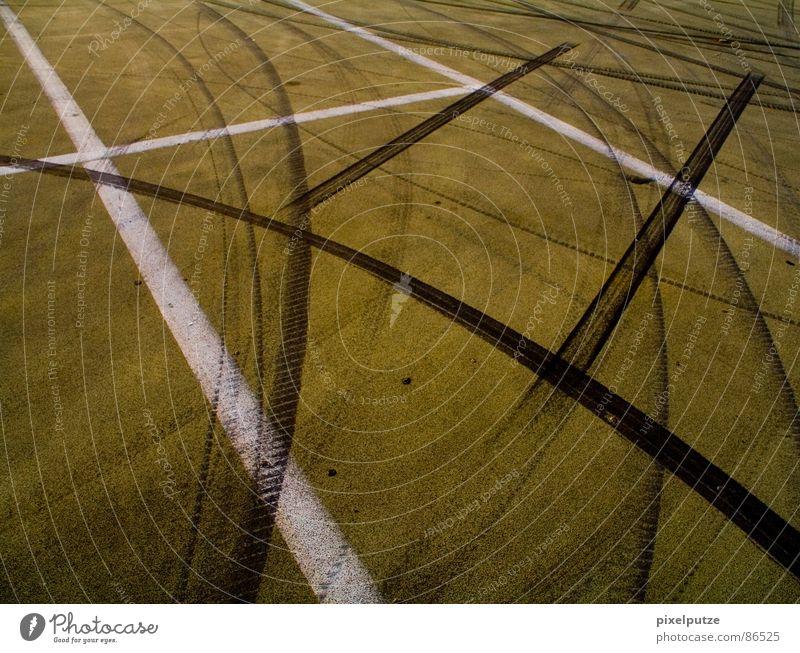 Asphalt Muddled Skid marks Car race Formula 1 Pitstop Ground markings