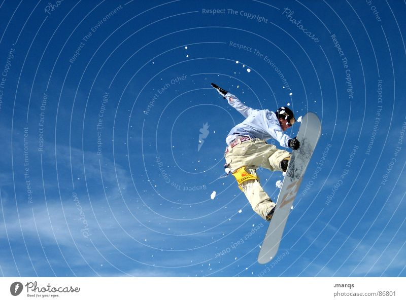 Heading South Colour photo Exterior shot Copy Space left Copy Space top Copy Space bottom Day Joy Winter Snow Sports Winter sports Sporting event Snowboard