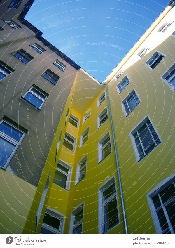 Middle residential area VI House (Residential Structure) Facade Worm's-eye view Window Town house (City: Block of flats) Berlin Upward Skyward