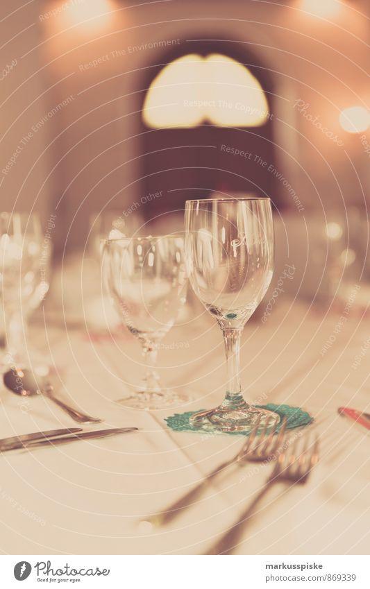 Eating Lifestyle Feasts & Celebrations Party Elegant Glass Birthday To enjoy Wedding Wine New Year's Eve Restaurant Crockery Luxury Plate Dinner
