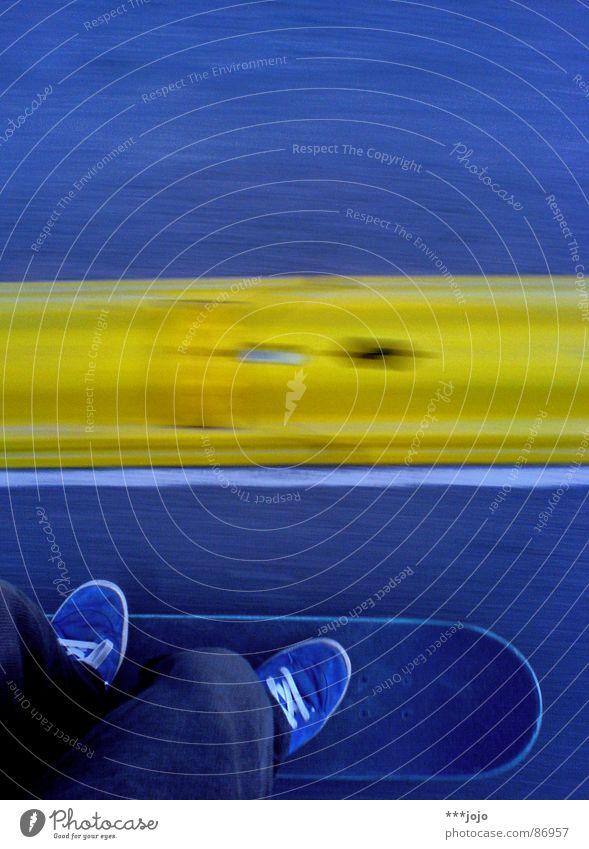 Yellow Street Sports Playing Footwear Speed Sidewalk Skateboarding Skateboard Sneakers Coil Halfpipe Laws and Regulations Acceleration Speed limit