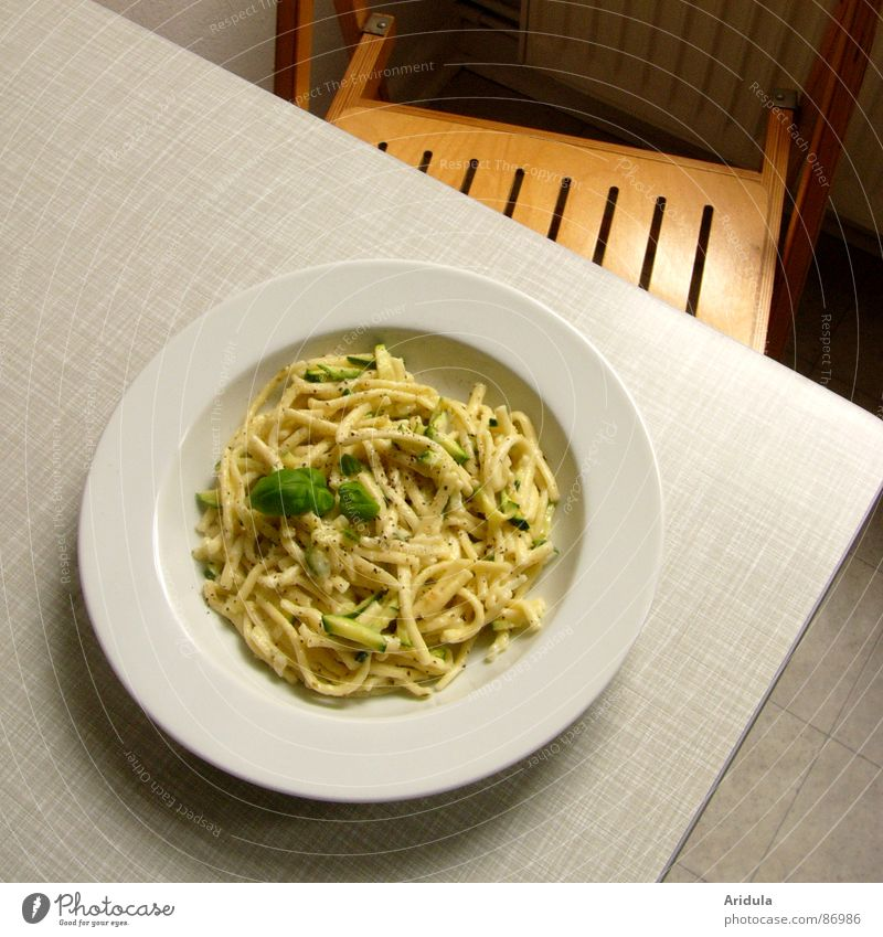 Nutrition Table Chair Kitchen Dish Gastronomy Appetite Delicious Plate Meal Lunch Noodles Vegetarian diet Basil Pasta Herbs and spices