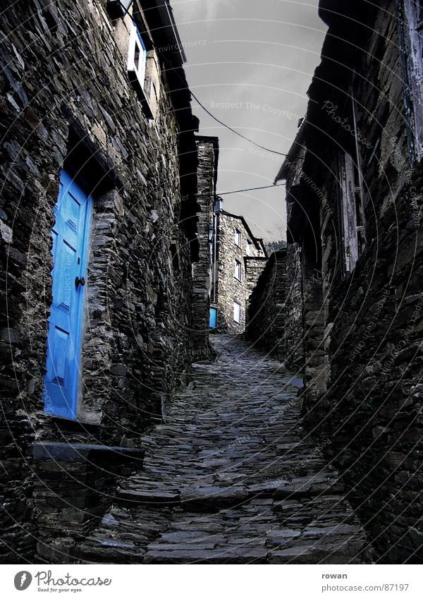 Old Sky Calm House (Residential Structure) Clouds Loneliness Colour Dark Window Mountain Wood Gray Stone Lanes & trails Feasts & Celebrations Door