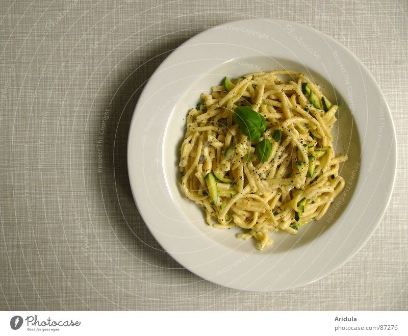 the whole plate Pasta Noodles Basil Plate Lunch Table Kitchen Delicious Nutrition Meal Dish Appetite Gastronomy Vegetable Vegetarian diet Zucchini take in food