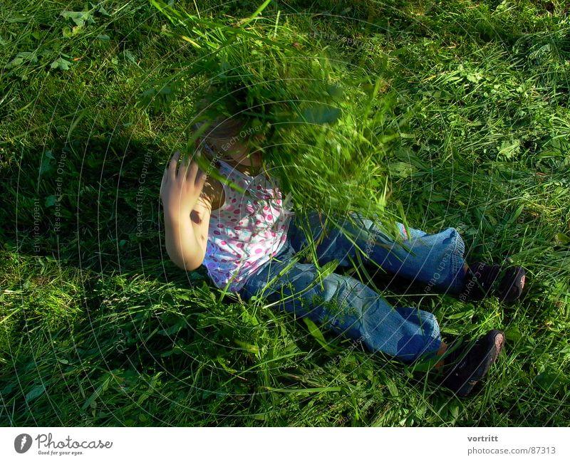 Human being Child Green Joy Emotions Movement Grass Laughter Sit Pasture Grass surface Farm Joie de vivre (Vitality) Lust Grassland Enthusiasm