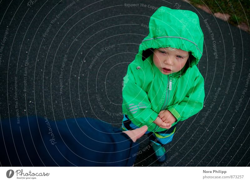 Human being Child Green Boy (child) Masculine Rain Body Infancy Communicate Cute Fingers Touch Uniqueness To go for a walk Toddler Considerate