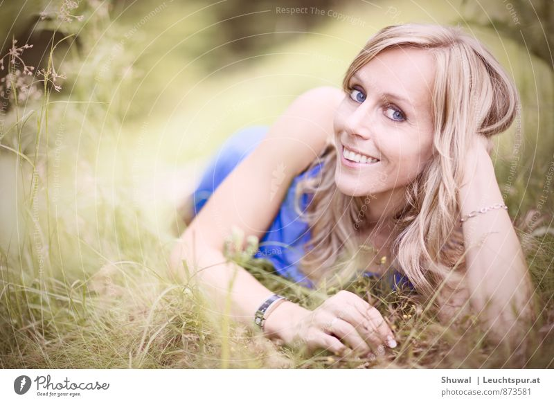 falling in love Beautiful Feminine Woman Adults Face 30 - 45 years Blonde Love Friendliness Happiness Healthy Happy Thin Eroticism Blue Green Emotions