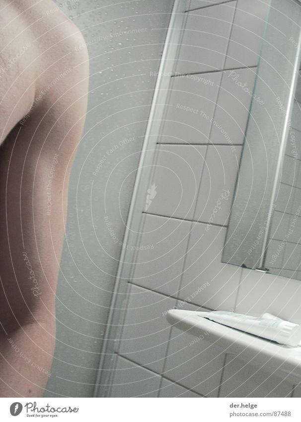 Skin Bathroom Mirror Tile Upper arm Toothpaste Biceps Musculature