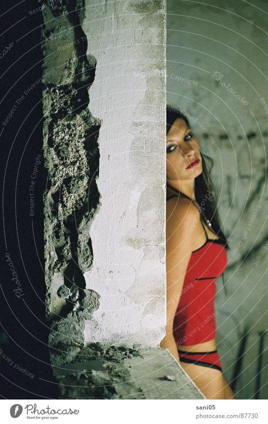 vive maria Woman Criminality Underwear Ruin Cellar Panic Fear underwear. dark beautiful woman Hiding place