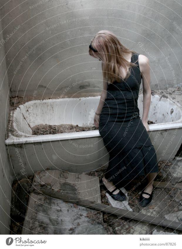 Dirty Blonde Grief Broken Derelict Boredom Bathtub Destruction
