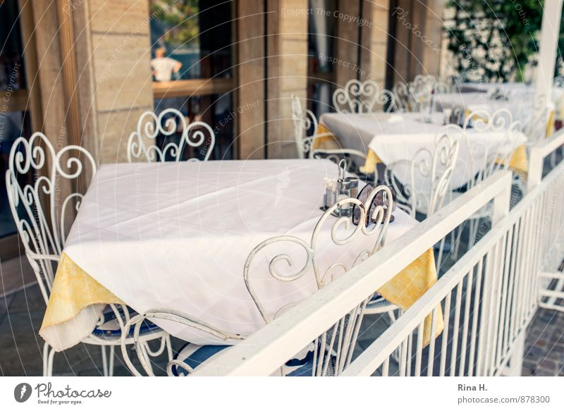 Window Wall (building) Wall (barrier) Bright Authentic Wait Table Chair Café Restaurant Terrace Siesta Tablecloth Closing time Curlicue