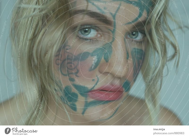 young woman with face paint Style Design pretty Cosmetics Human being Feminine Young woman Youth (Young adults) Adults Face 1 13 - 18 years Child 18 - 30 years