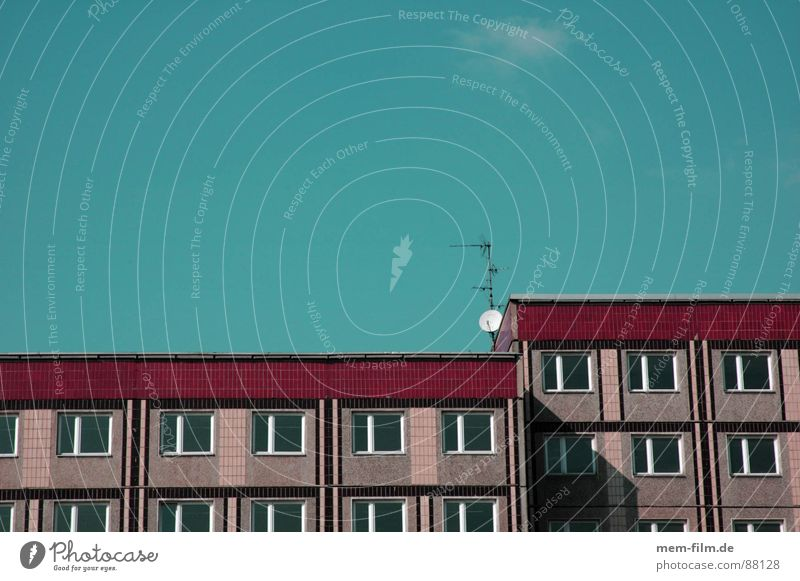 Sky Loneliness Sadness Air Moody Waves Glittering TV set Television Radiation Radio (broadcasting) Bowl Antenna Welcome Signal Satellite