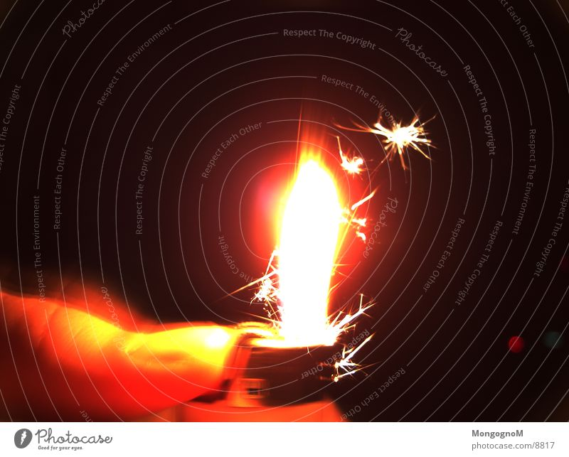 Warmth Blaze Physics Flame Thumb Spark Lighter Hand