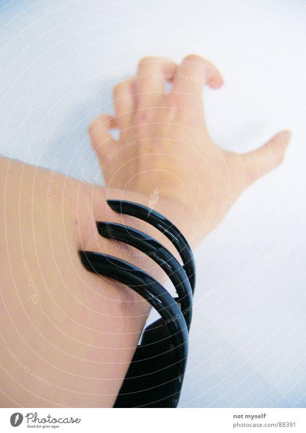 Hand Fear Skin Arm Fingers Pain Panic Bite Pushing Holder Anxious Hair barrette