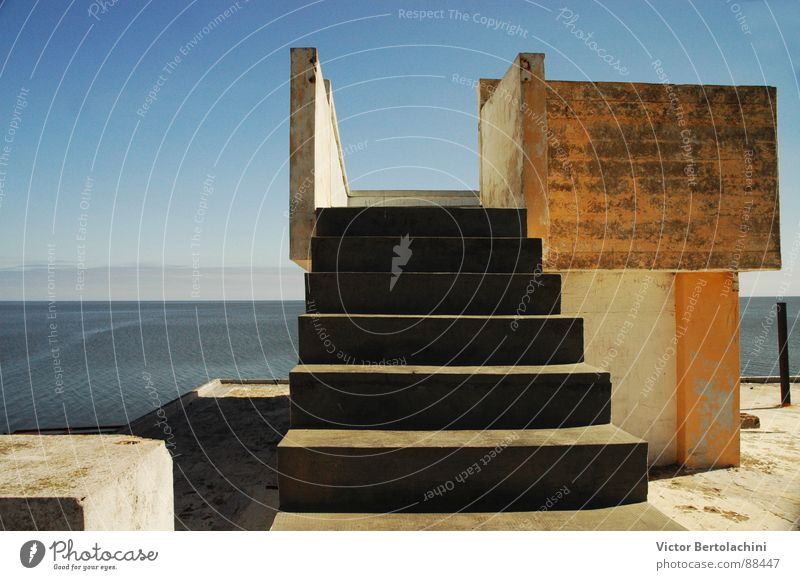 Ocean Architecture Stairs Vantage point Derelict Ruin Blanket Illustrate