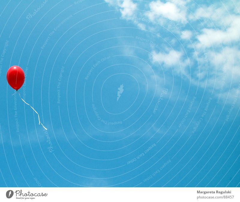 let him fly Balloon Red Air Clouds Leisure and hobbies Sky Blue Weather