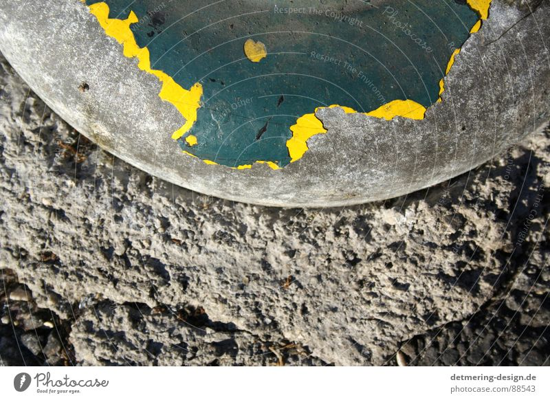 Old Green Loneliness Colour Yellow Street Gray Stone Sadness Metal Art Dirty Wait Concrete Industry Floor covering