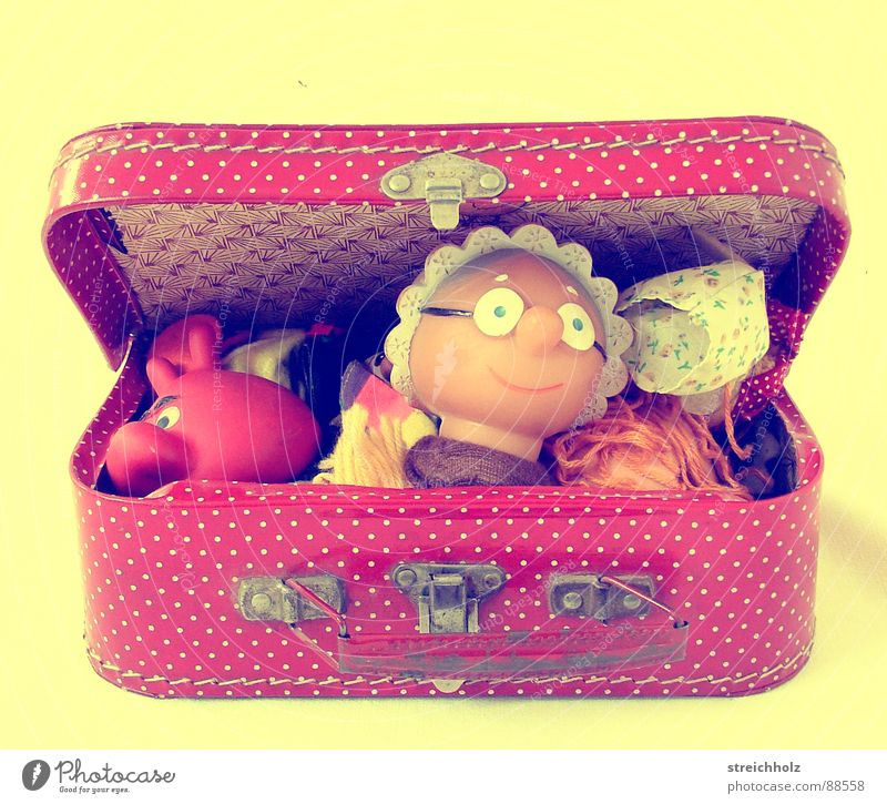 But Grandma ... Toys Crate Suitcase Children's room Playing Grandmother Puppet theater Spotted Red Joy Theatre Doll doll box glove puppets game box Box
