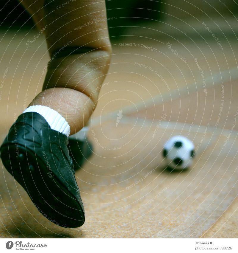Feet Footwear Legs Soccer Fingers Ball Gate Sneakers Ball sports