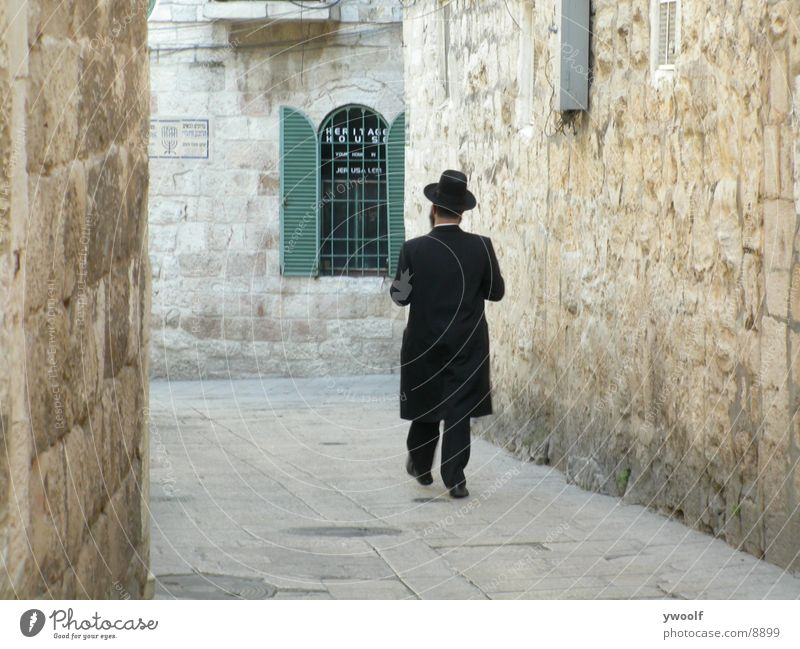 Hassid in Jerusalem Israel Human being hassid Orthodoxy Hat Alley Old town Old fashioned Narrow 1 Jewish Quarter Israeli East Jerusalem Judaism Rear view